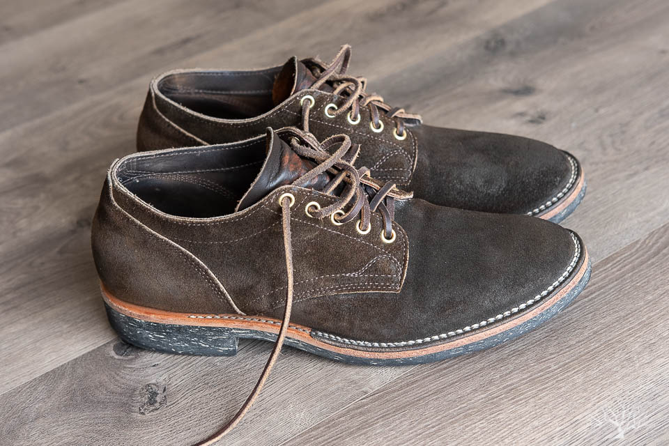 viberg for withered fig 145 oxford side profile shot