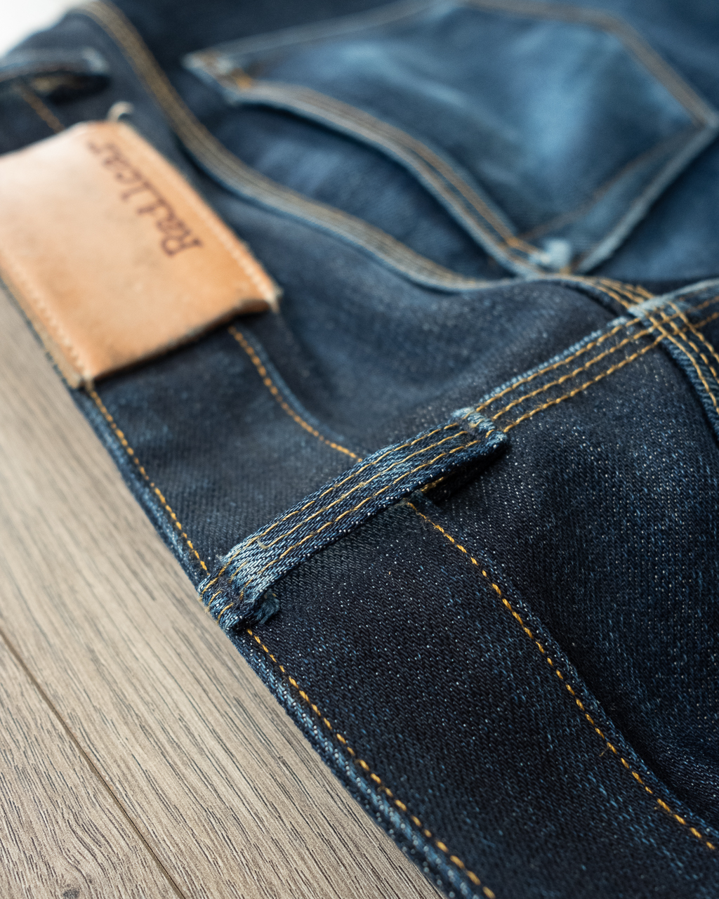railcar denim x034 belt loop fading