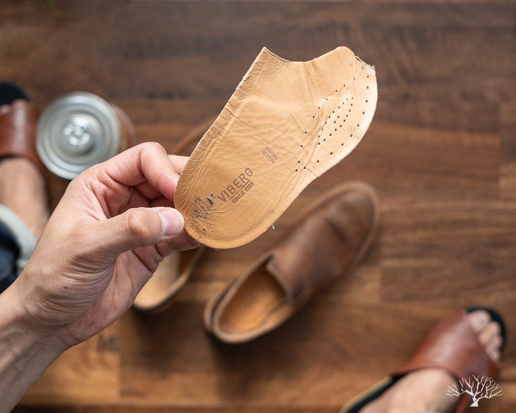 Viberg Camel Oiled Calf slippers Insoles